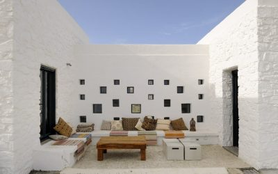 Luxury villas in a remote private island in Greece with full board and hotel services included