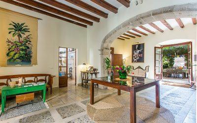 Mallorcan Manor House with 7 Charming Apartments